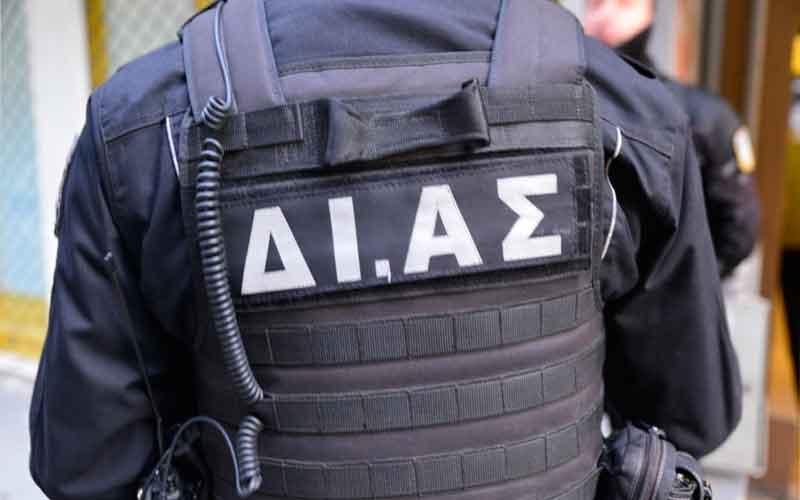 Αποτέλεσμα εικόνας για κράτηση αστυνομικού στο Α.Τ. Ακροπόλεως